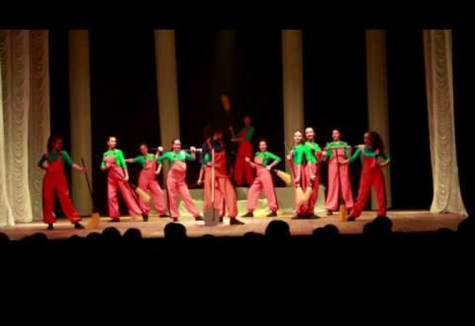 Embedded thumbnail for Народний художній колектив школа сучасної хореографії «ТОТУС»