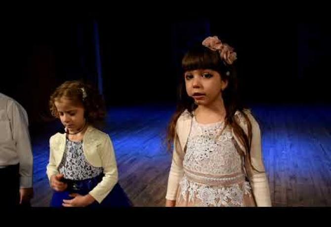 Embedded thumbnail for Наші найменші перлинки знову на сцені!